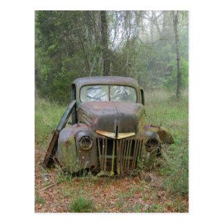 Carte postale de voiture ancienne