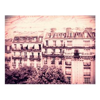Carte Postale Dessus de toit de Paris dans le rose