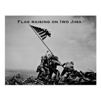 Carte Postale Drapeau augmentant sur Iwo Jima