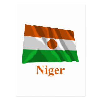 Carte Postale Drapeau de ondulation du Niger avec le nom