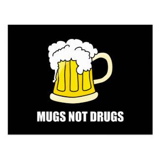 Carte Postale Drogues de tasses pas