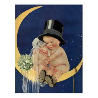 Carte Postale Économies mignonnes de jeunes mariés de mariage