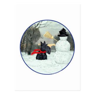 Carte Postale Écossais Terrier et bonhomme de neige