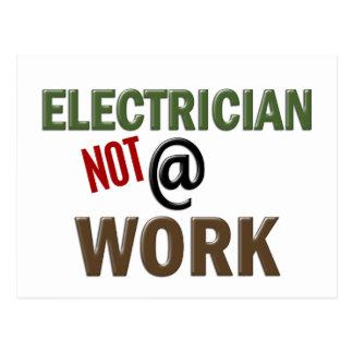 Carte Postale Électricien PAS au travail