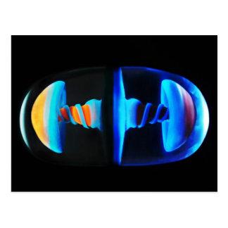 Carte postale en verre orange et bleue de capsule