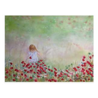 Carte Postale Enfant dans le domaine des fleurs