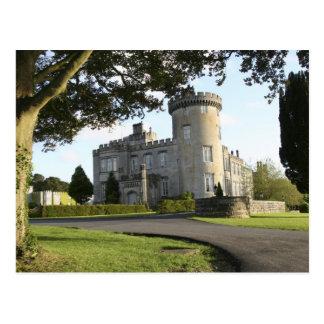 Carte Postale Entrée latérale de château de Dromoland sans des