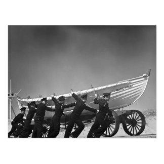 Carte Postale Équipage de bateau de surf de Portugais, 1942