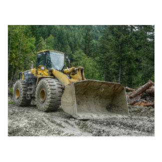Carte Postale Équipement lourd de grand tracteur jaune de
