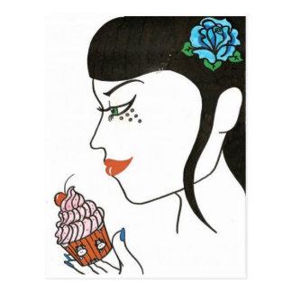 Carte Postale Femme avec le petit gâteau
