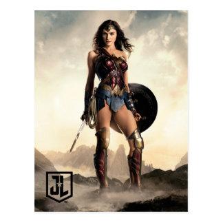 Carte Postale Femme de merveille de la ligue de justice | sur le