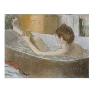 Carte Postale Femme d'Edgar Degas | à son Bath, épongeant sa