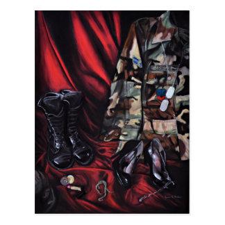 Carte Postale Femmes dans l'art militaire/de vétéran