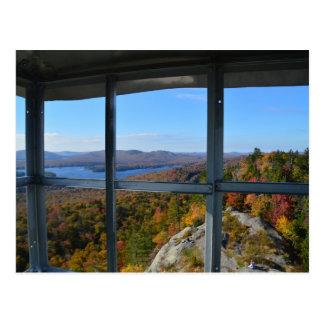 Carte Postale Fenêtre à la montagne chauve