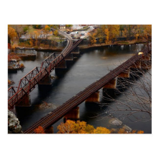 Carte Postale Ferry de harpistes en automne