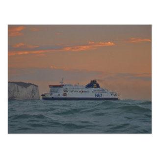 Carte Postale Ferry entrant dans Douvres