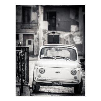 Carte Postale Fiat 500, Cinquecento en Italie