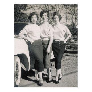 CARTE POSTALE FILLES 1957 DE CHARME #47