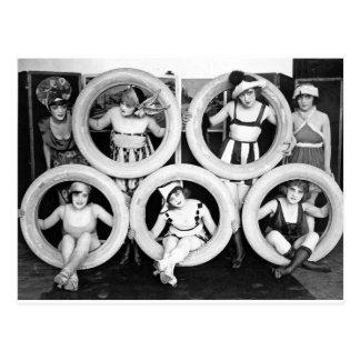 Carte Postale Filles d'aileron de maillot de bain