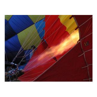 Carte Postale Flamme de ballon - festival chaud de ballon à air