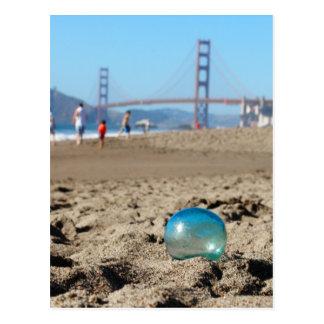 Carte Postale Flotteur en verre à la plage de Baker