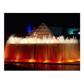 Carte Postale Fontaine de parc à thème d'Orlando allumée la nuit