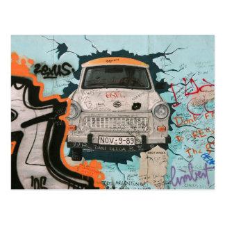 Carte Postale Fragment de mur de Berlin