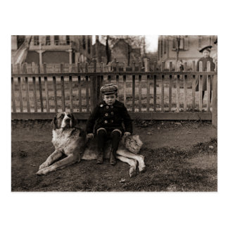 Carte Postale garçon de 1890's s'asseyant sur la photographie de