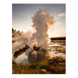 Carte Postale Geyser de rebord, bassin de geyser de Norris