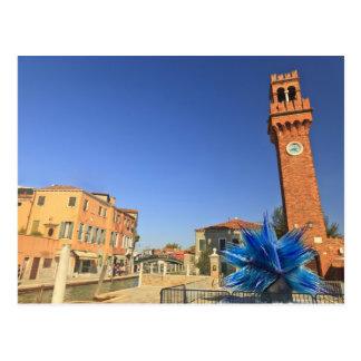 Carte Postale Grandes statue et tour de Bell en verre, Italie