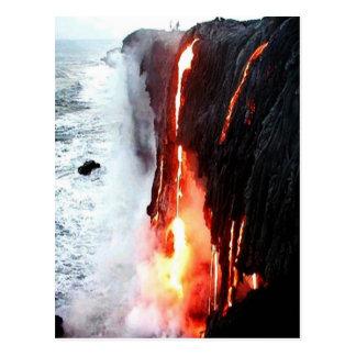 Carte postale hawaïenne de lave de volcan