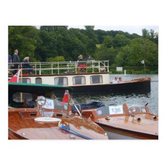 Carte Postale Henley sur la Tamise, bateau traditionnel