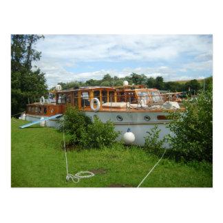 Carte Postale Henley sur la Tamise, croiseur traditionnel de