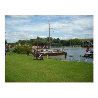 Carte Postale Henley sur la Tamise, près de la Tamise
