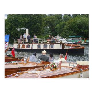 Carte Postale Henley sur la Tamise, yacht classique de vapeur