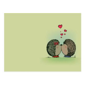 Carte Postale Hérissons dans l'amour