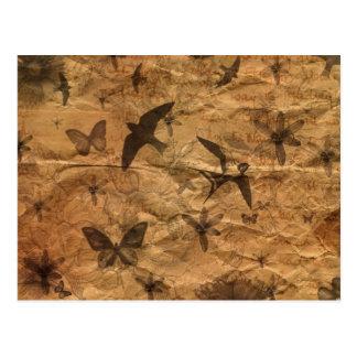 Carte Postale Hirondelles de Cru-Style, papillons, fleurs