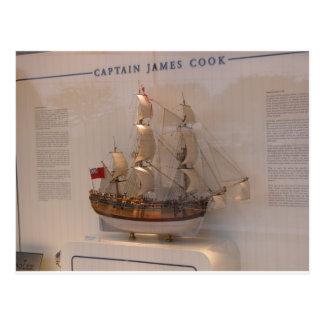 Carte Postale Histoire, explorateurs, capitaine James Cook