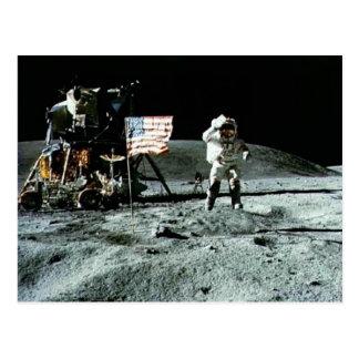 Carte Postale Homme historique sur la lune