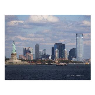 Carte Postale Horizon avec la statue de la liberté