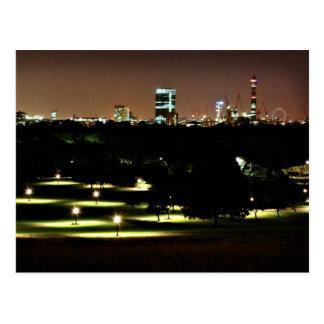 Carte Postale Horizon de Londres de colline de primevère