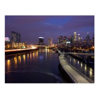 Carte Postale Horizon de Philadelphie au crépuscule