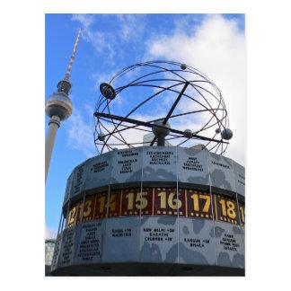 Carte Postale Horodateur du monde avec la tour de Berlin TV,