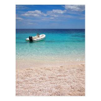 Carte Postale Hors-bord en mer bleue