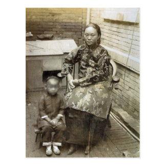 Carte Postale Image vintage, mère chinoise et enfant, circa 1880