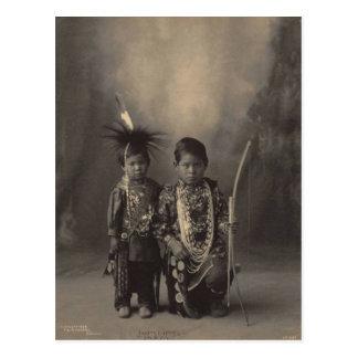 Carte Postale Indien vintage : Deux petits brave, sac et Fox -
