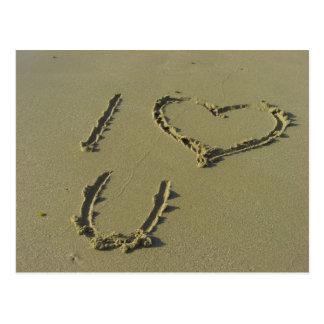 Carte Postale Je t'aime - écriture de sable de plage