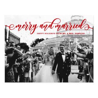 Carte Postale Joyeuses et mariées vacances rouges de mariage de