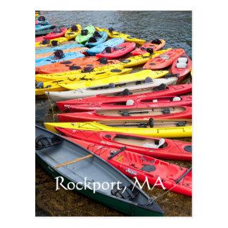 Carte Postale Kayaks colorés dans Rockport, mA