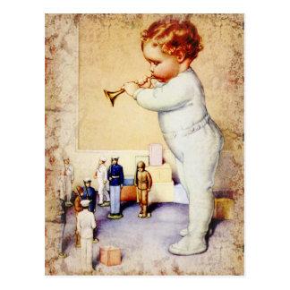 Carte Postale Klaxon de soufflement de bébé roux aux soldats